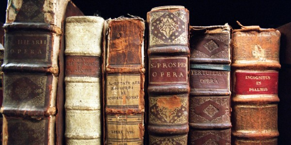 old_books_2560x1600